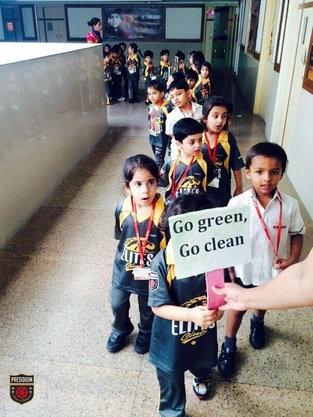 YOUNG PRESIDIANS ORGANISE A CLEANLINESS DRIVE IN THE WAKE OF PM SWACH BHARAT ABHIYAN