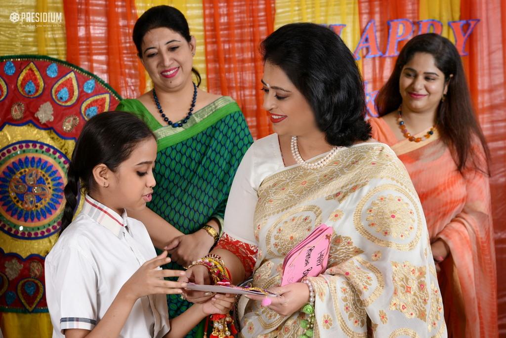 STUDENTS PERFORM RAKSHABANDHAN RITUALS WITH MRS.SUDHA GUPTA