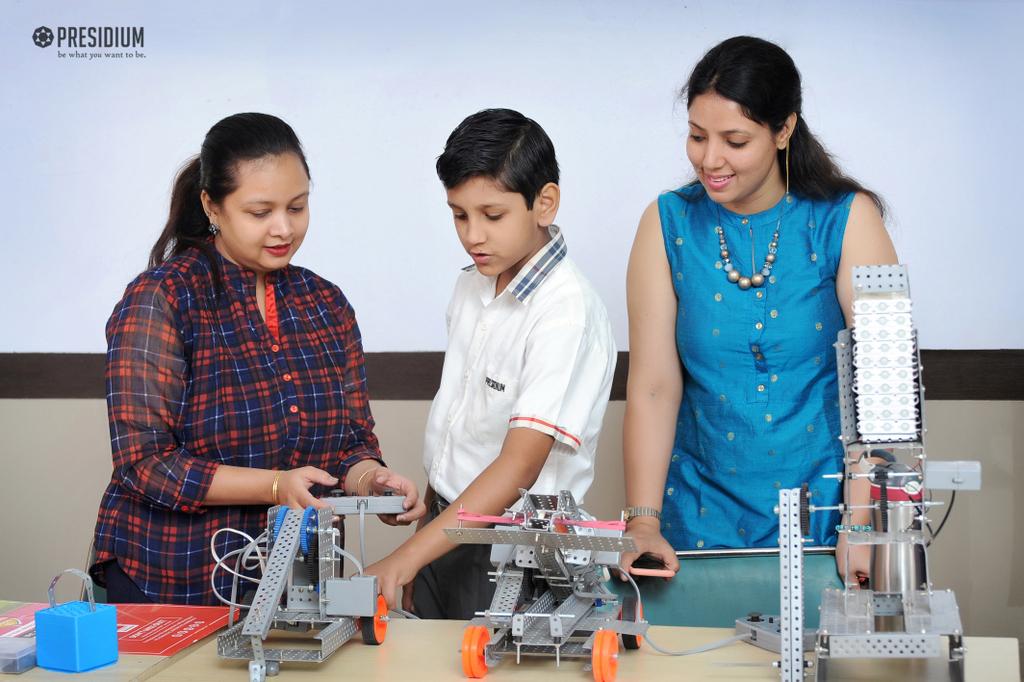 ROBOTICS ACTIVITY 2019