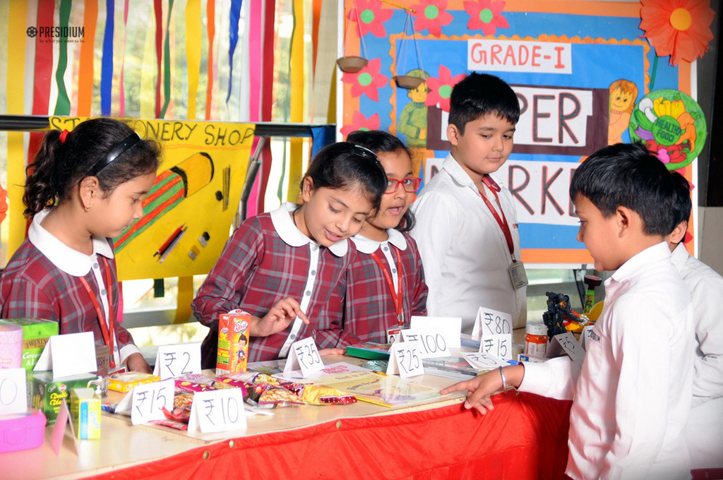 LITTLE PRESIDIANS OBSERVE MARKET SCENE FOR EXPERIENTIAL LEARNING