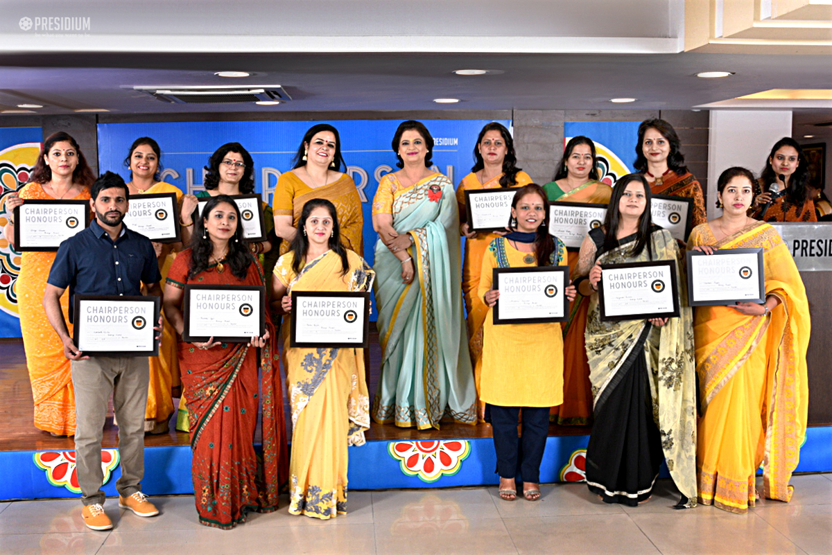 TEACHERS IN A SPECIAL CEREMONY