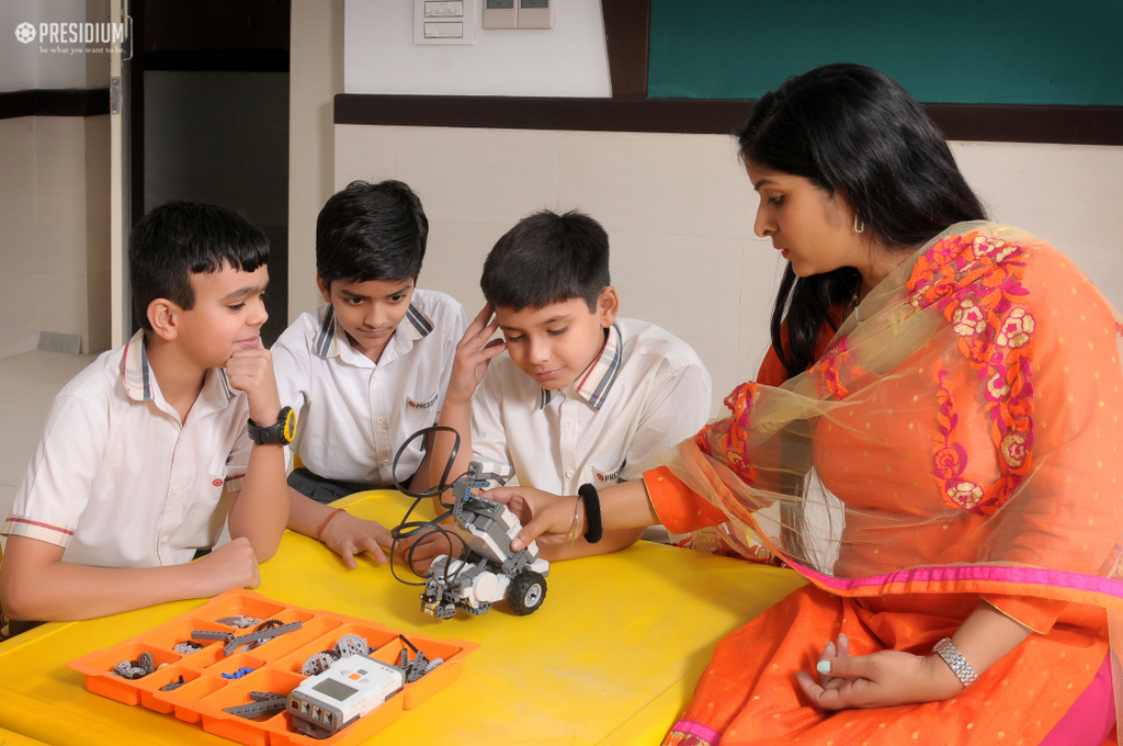 ROBOTICS ACTIVITY STIMULATES THE BUDDING SCIENTISTS OF PRESIDIUM