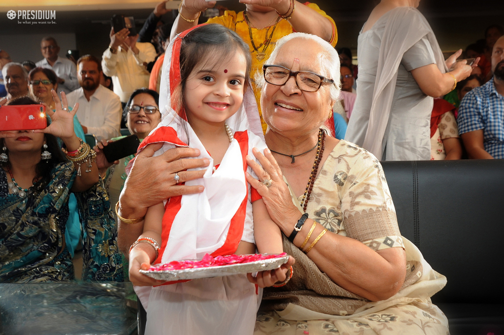 PRESIDIANS EXPRESS LOVE & GRATITUDE FOR THEIR LOVING GRANDPARENTS