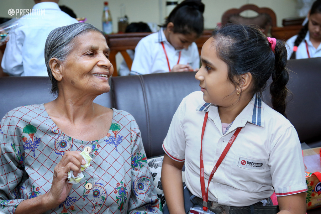 VISIT TO OLD AGE HOME 2019
